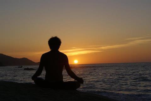 meditacion ante el sol