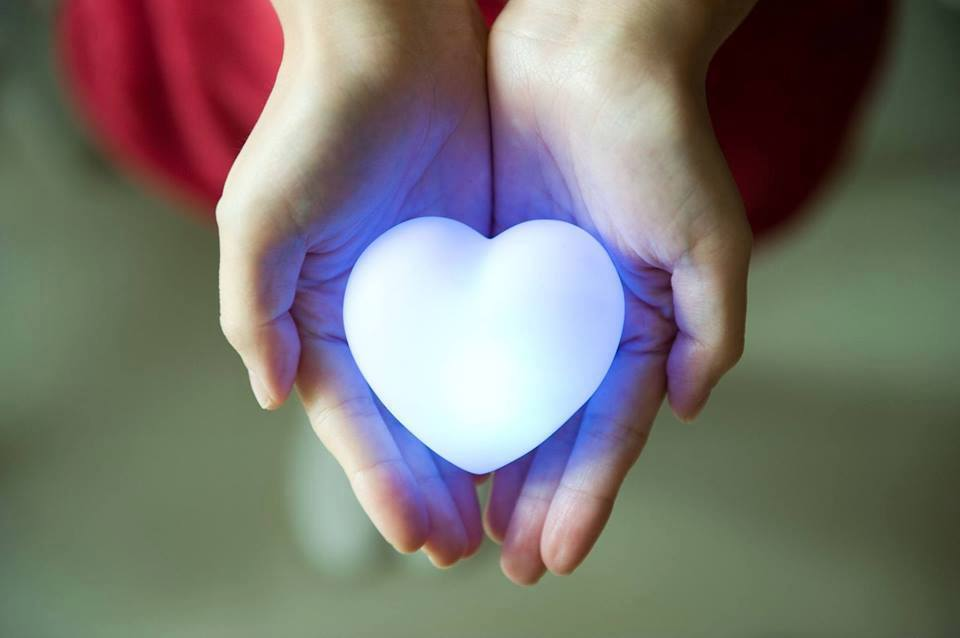 corazon luz azul