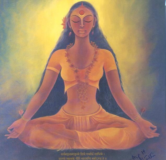 mujer meditando naranja