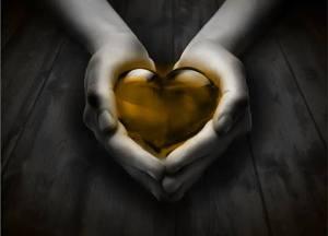 corazon en manos