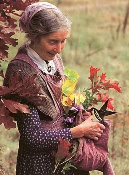 mujer anciana hermosa