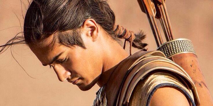 hombre guerrero joven