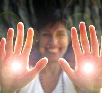 reiki manos luz