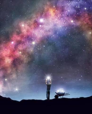 hombre recogiendo polvo de estrellas