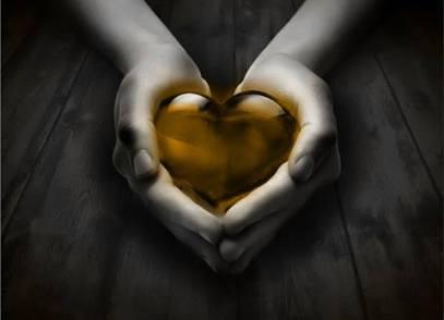 corazon-en-manos