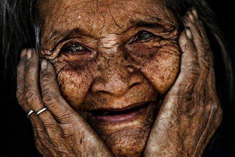 mujer-anciana-sabia